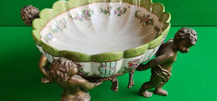 Sale of Antiques, Collectables & Household Effects February 20th